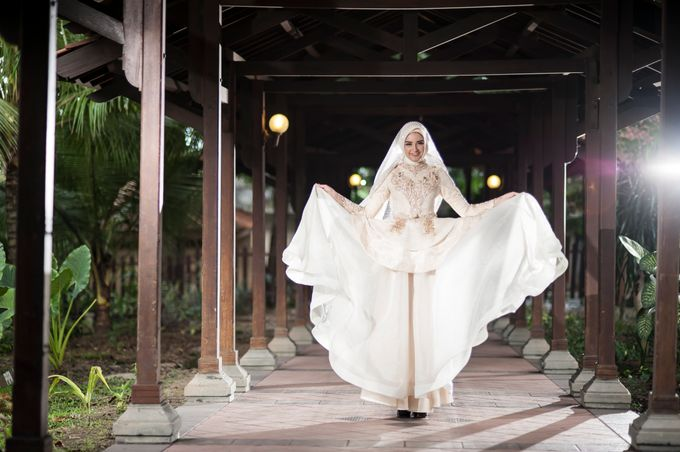 Kemilau Senja Series  by LAKSMI ISLAMIC BRIDE by LAKSMI - Kebaya Muslimah & Islamic Bride - 004