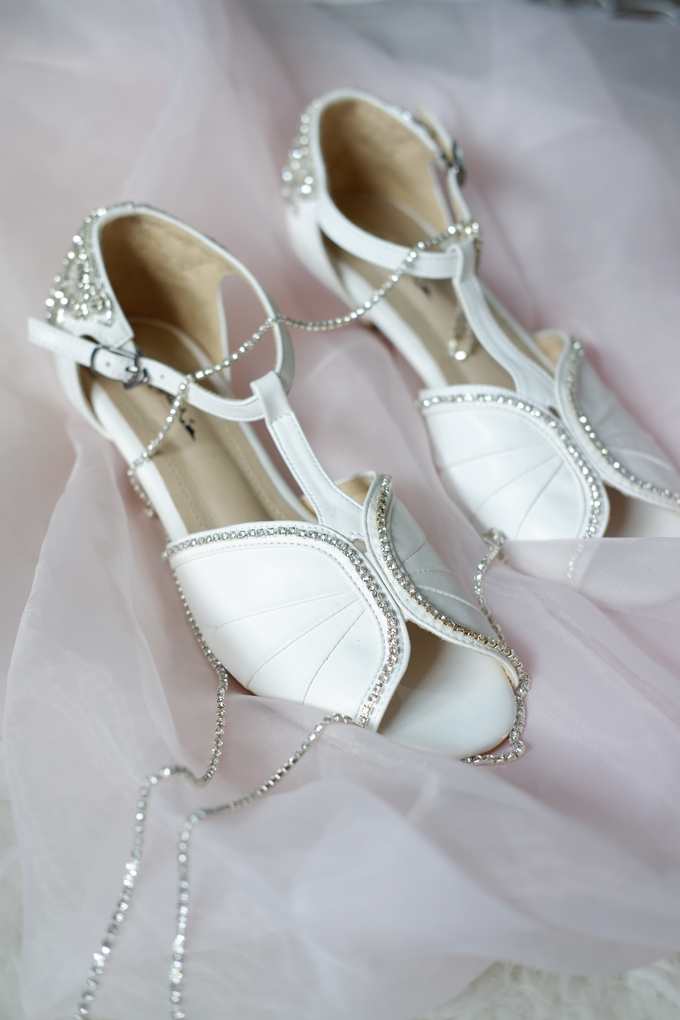 Ms Agnesia by Alexa Wedding Shoes - 001