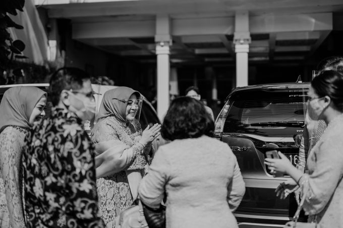 Alia & Rafi Engagement by AKSA Creative - 009