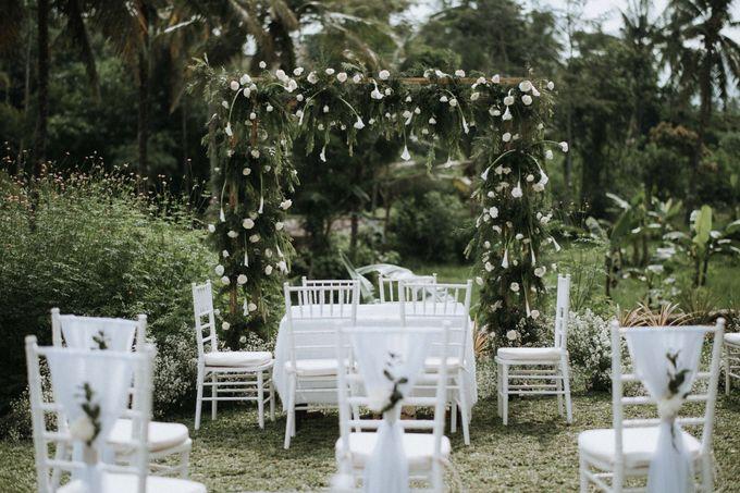 Yuris & Satrio Wedding by Alinea - 008