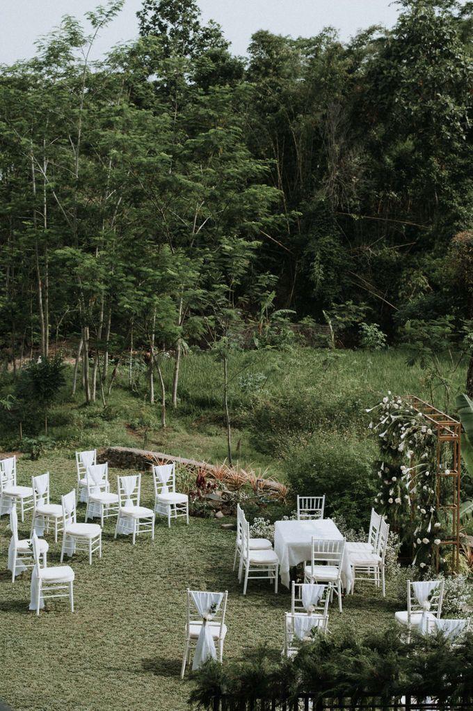 Yuris & Satrio Wedding by Alinea - 007