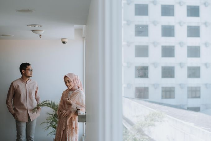 Wenda & Reza Engagement by Alinea - 009