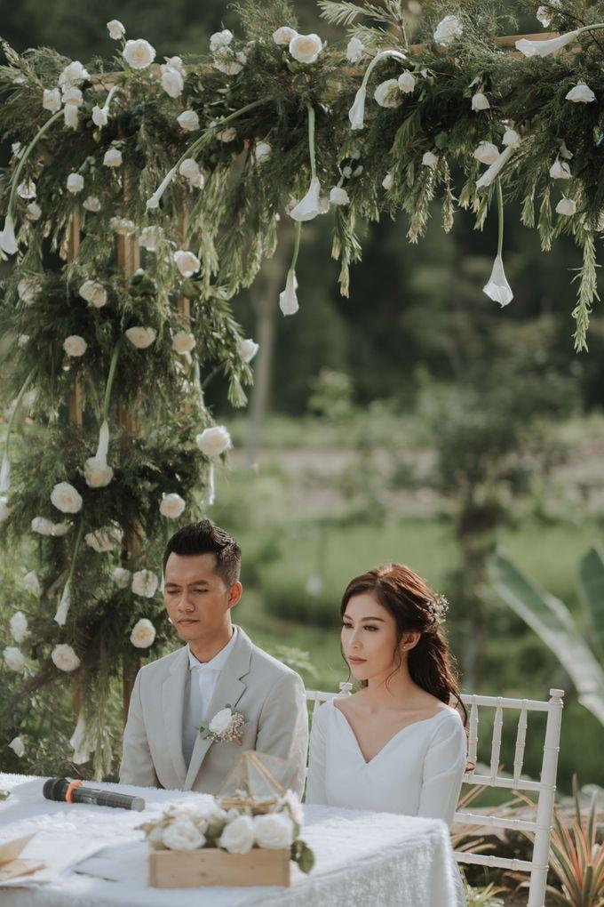 Yuris & Satrio Wedding by Alinea - 016