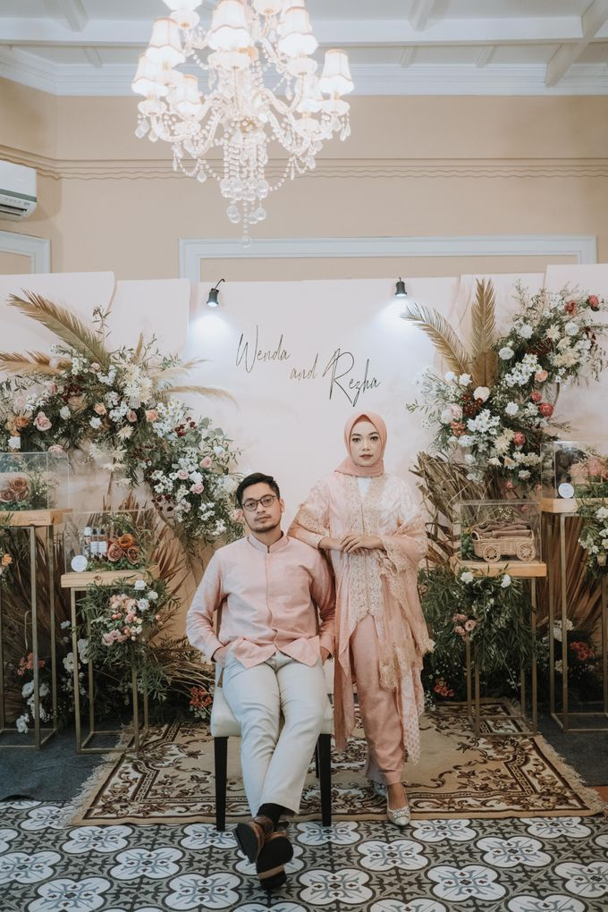 Wenda & Reza Engagement by Alinea - 024