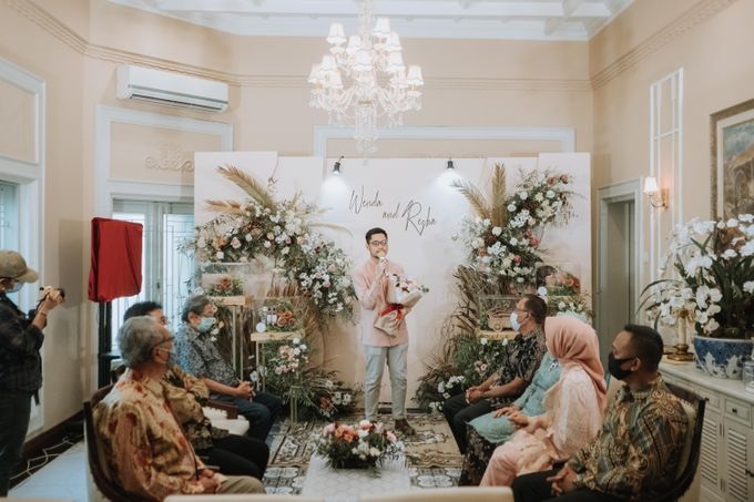 Wenda & Reza Engagement by Alinea - 014