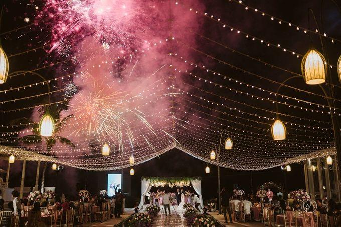 Soft Purple & Lavender Decoration Wedding by Bali Izatta Wedding Planner & Wedding Florist Decorator - 007