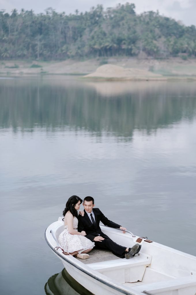 PREWEDDING OF  YUDHI & META by Alluvio - 002