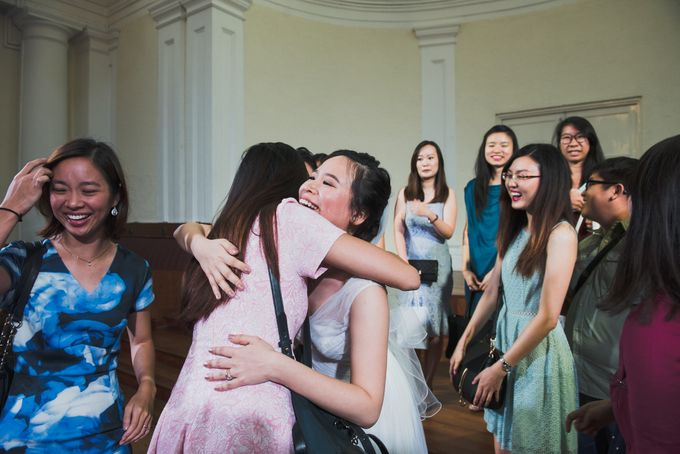 Wedding Day of Amber and Aaron at The Arts House Singapore Actual Day Photography by oolphoto - 046