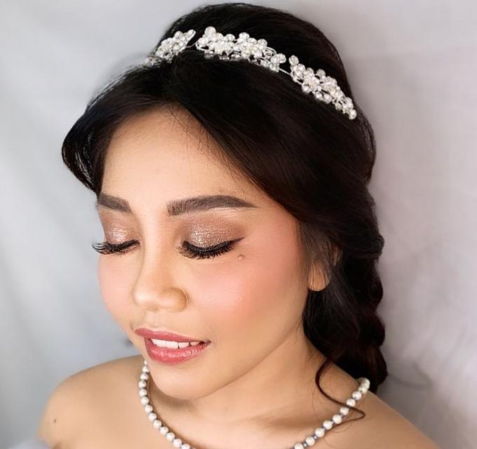 Wedding Make Up by Make Up by Mutiara Fallahdani - 010