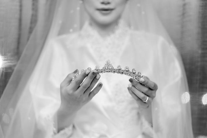 FERY & AGUSTIN by AMITIE Bridal Accessories - 009