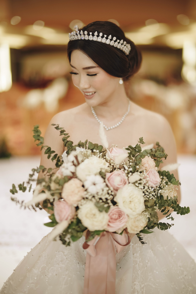 ARDHI & LYAN WEDDING by AMITIE Bridal Accessories - 005