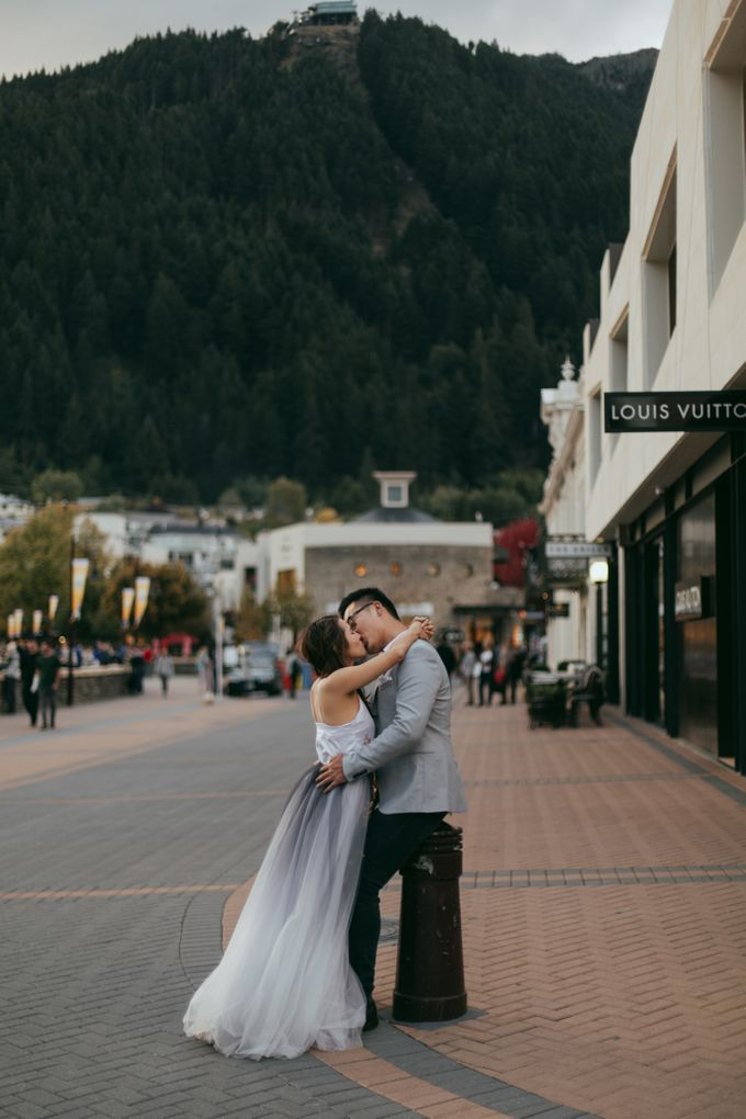 Magnificent New Zealand Prewedding of Amy & Kevin by fire, wood & earth - 026