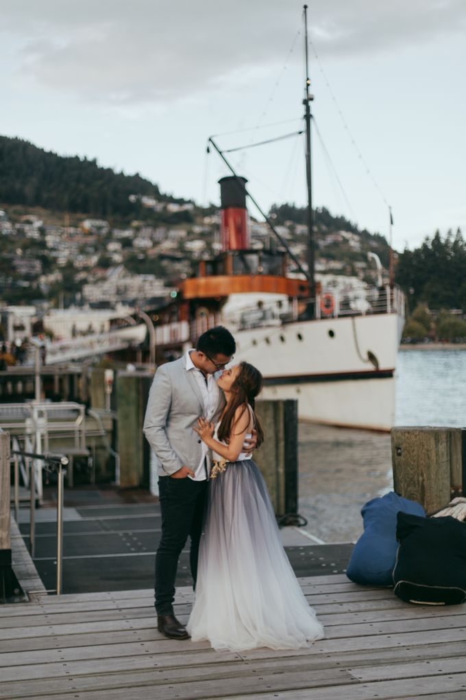 Magnificent New Zealand Prewedding of Amy & Kevin by fire, wood & earth - 029