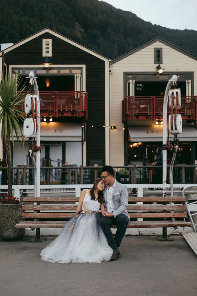 Magnificent New Zealand Prewedding of Amy & Kevin by fire, wood & earth - 030