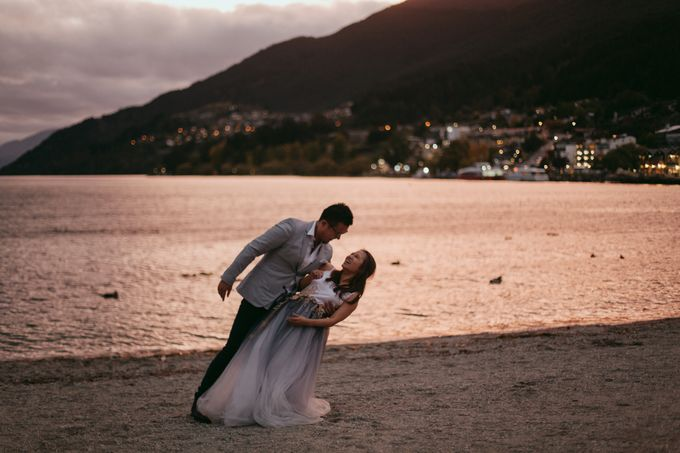 Magnificent New Zealand Prewedding of Amy & Kevin by fire, wood & earth - 034