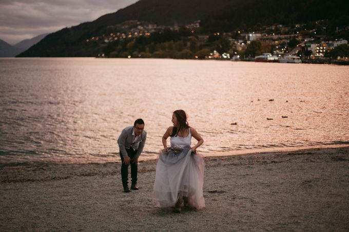Magnificent New Zealand Prewedding of Amy & Kevin by fire, wood & earth - 035