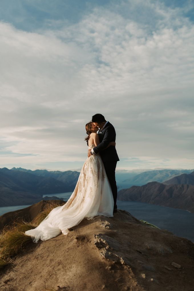 Magnificent New Zealand Prewedding of Amy & Kevin by fire, wood & earth - 011