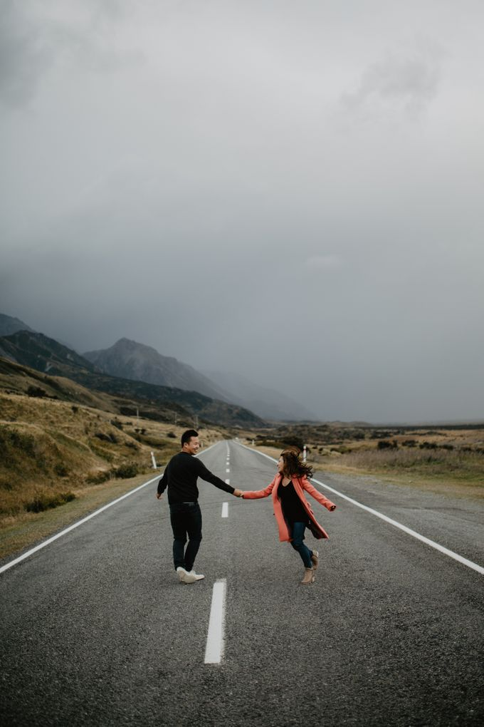 Magnificent New Zealand Prewedding of Amy & Kevin by fire, wood & earth - 017