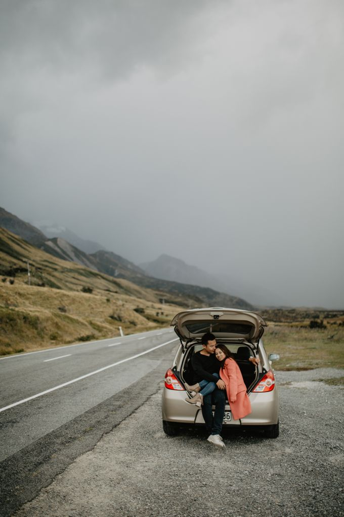 Magnificent New Zealand Prewedding of Amy & Kevin by fire, wood & earth - 018