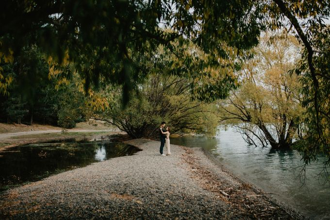 Magnificent New Zealand Prewedding of Amy & Kevin by fire, wood & earth - 021
