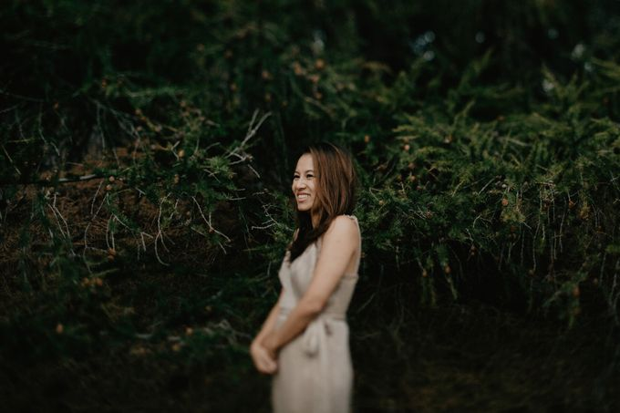 Magnificent New Zealand Prewedding of Amy & Kevin by fire, wood & earth - 023