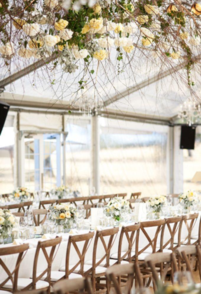 A Spectacular Farmhouse Wedding by Innicka Dee Cakes - 003