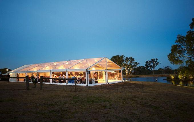 A Spectacular Farmhouse Wedding by Innicka Dee Cakes - 005