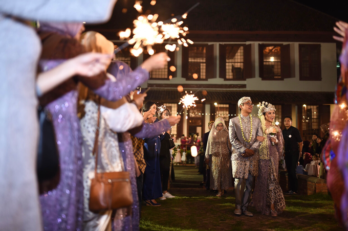 Javanese & Sundanese Wedding of Sambas & Andhita by Amycko - 007
