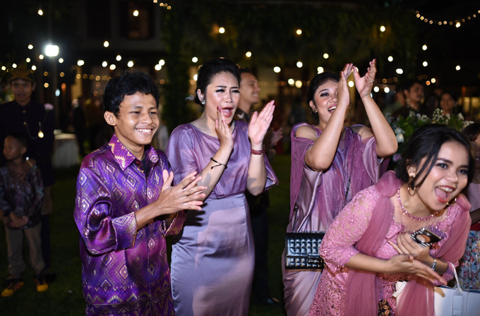 Javanese & Sundanese Wedding of Sambas & Andhita by Amycko - 010