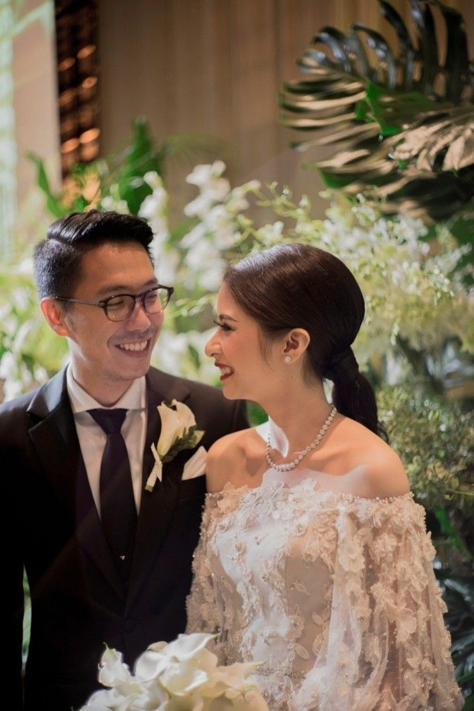 AN UNDERSTATED WEDDING ADORNED WITH GREENERY by Wong Hang Distinguished Tailor - 001