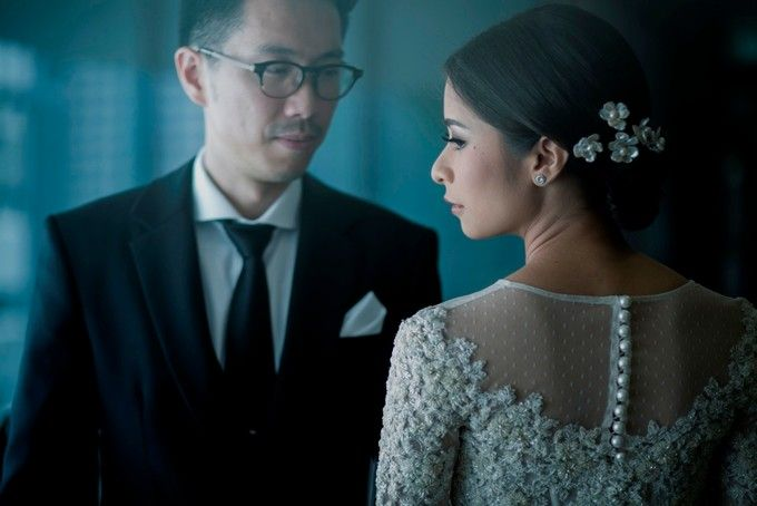 AN UNDERSTATED WEDDING ADORNED WITH GREENERY by Wong Hang Distinguished Tailor - 008