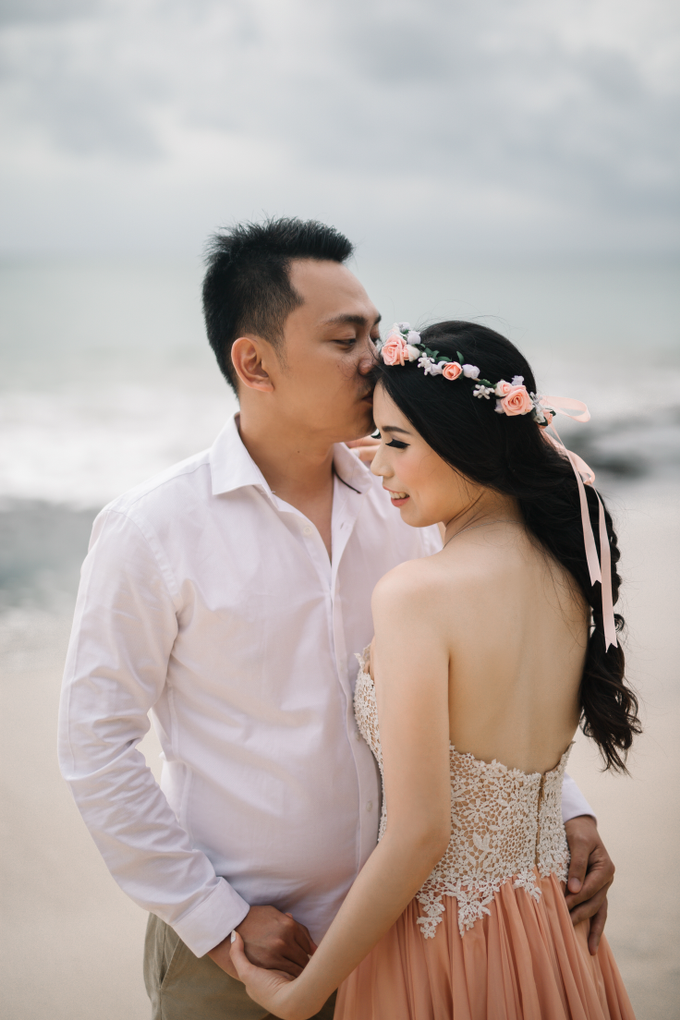 Prewedding of Edy & Eliza by Megan Anastasia Makeup Artist - 025