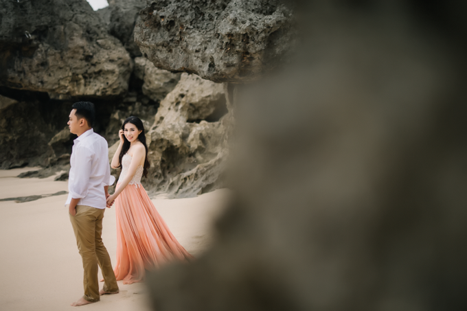 Prewedding of Edy & Eliza by Megan Anastasia Makeup Artist - 030