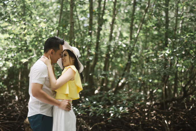 Prewedding of Edy & Eliza by Megan Anastasia Makeup Artist - 033