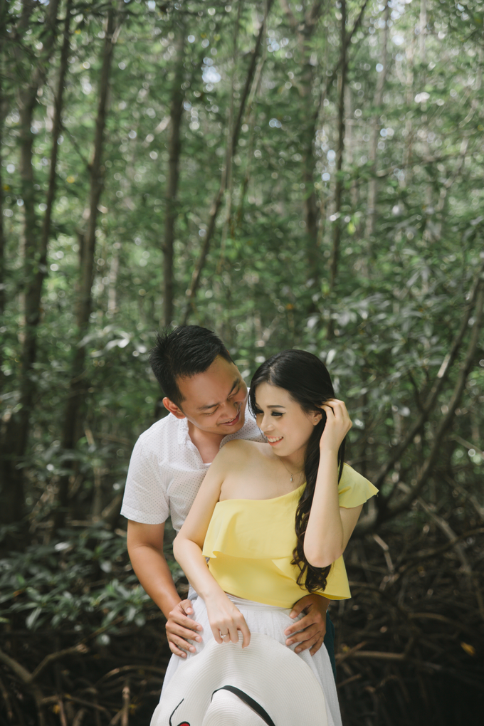 Prewedding of Edy & Eliza by Megan Anastasia Makeup Artist - 047