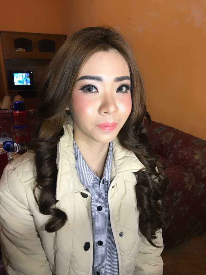 Before & After by Anastasia Megan Makeup Artist - 034