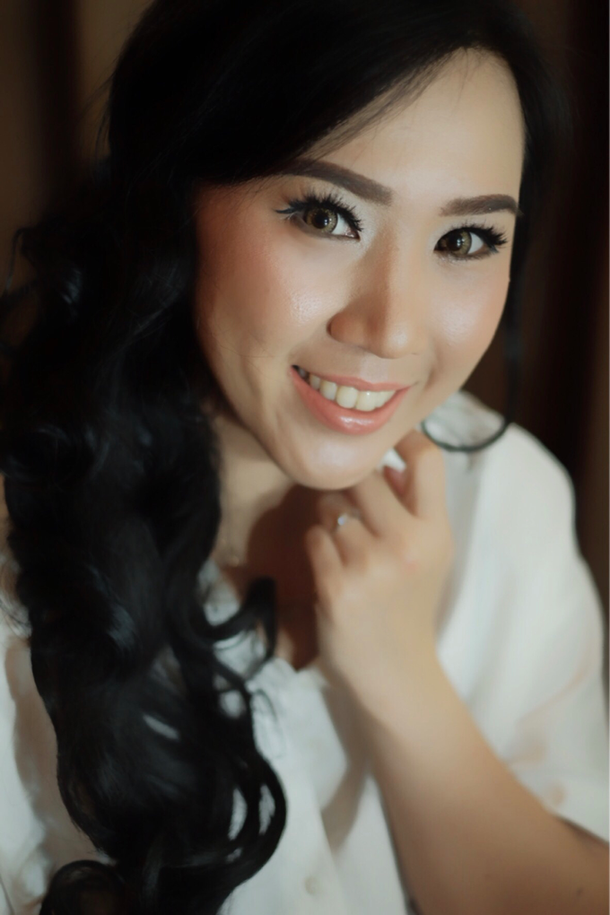Ms Lestari by Megan Anastasia Makeup Artist - 002