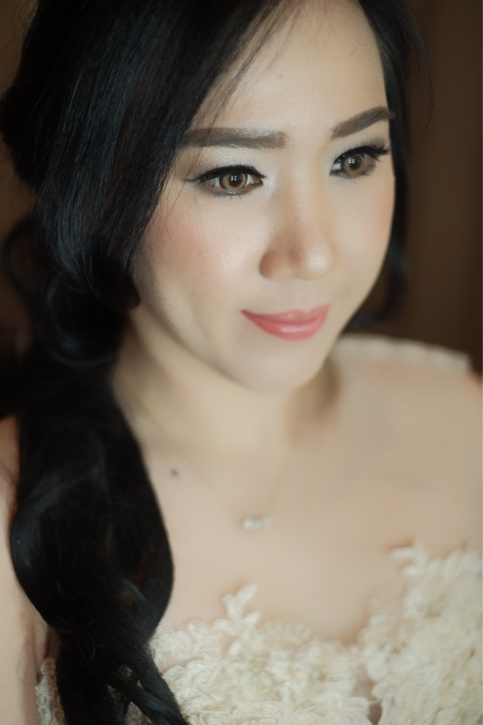 Ms Lestari by Megan Anastasia Makeup Artist - 007