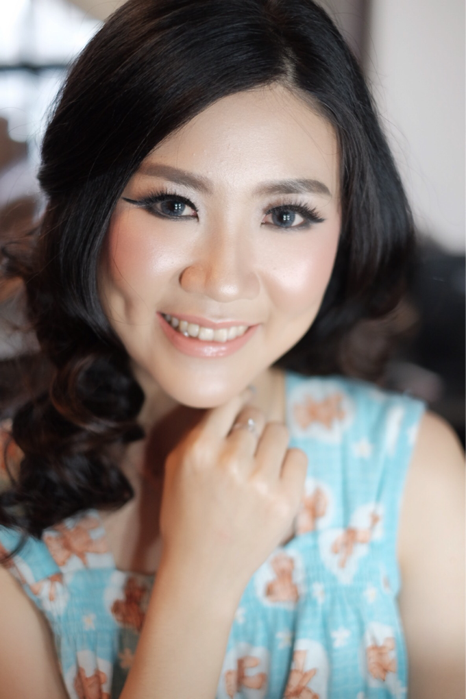Ms. Dian by Anastasia Megan Makeup Artist - 009