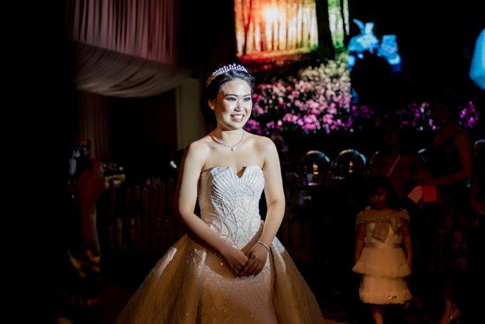 Grand Hyatt Wedding of Andhika & Meilisa by Demas Ryan & Lasting Moments Entertainment - 013