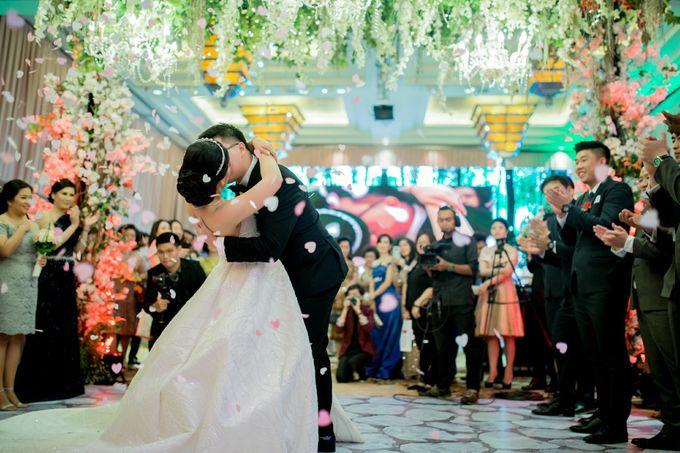 Grand Hyatt Wedding of Andhika & Meilisa by Demas Ryan & Lasting Moments Entertainment - 008