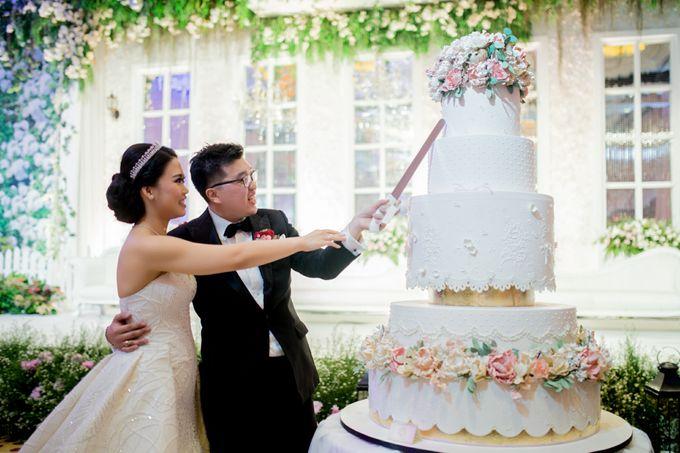 Grand Hyatt Wedding of Andhika & Meilisa by Demas Ryan & Lasting Moments Entertainment - 009