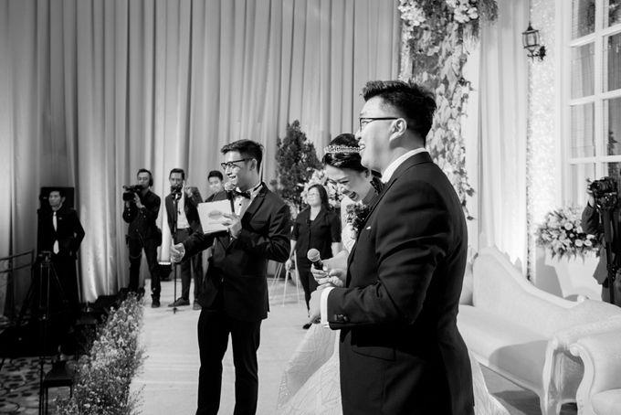 Grand Hyatt Wedding of Andhika & Meilisa by Demas Ryan & Lasting Moments Entertainment - 006