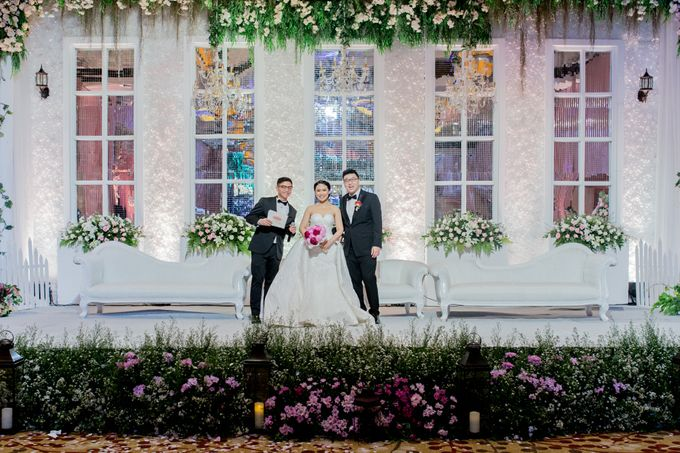 Grand Hyatt Wedding of Andhika & Meilisa by Demas Ryan & Lasting Moments Entertainment - 002