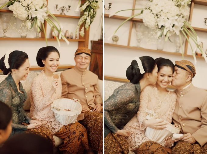The Traditional Signature Wedding of Karla & Andhika by ThePhotoCap.Inc - 004