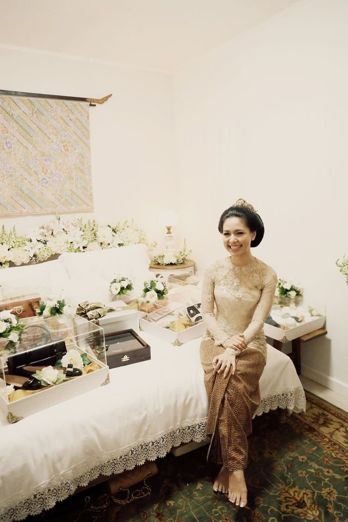 The Traditional Signature Wedding of Karla & Andhika by ThePhotoCap.Inc - 021