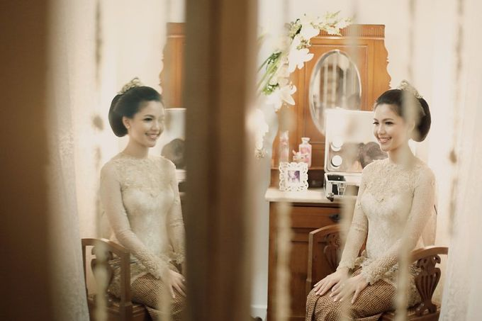 The Traditional Signature Wedding of Karla & Andhika by ThePhotoCap.Inc - 010