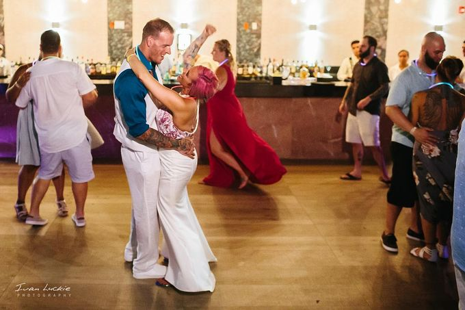 This was an amazing colorful wedding, starting from the bride, venue, and celebration by Ivan Luckie Photography - 021