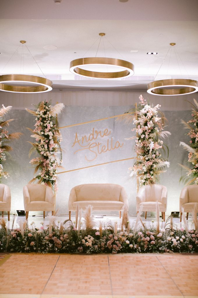 Wedding of  Andre and Stella by Holiday Inn & Suites Jakarta Gajah Mada - 014