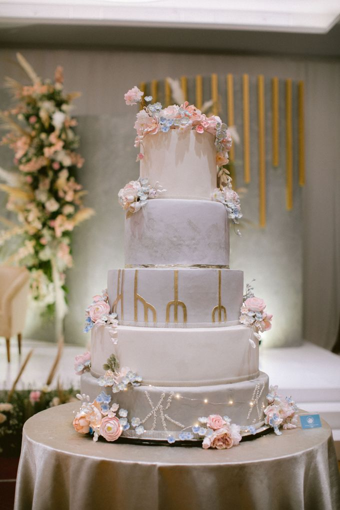 Wedding of  Andre and Stella by Holiday Inn & Suites Jakarta Gajah Mada - 016